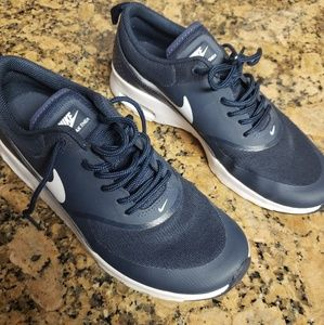 Nike Airmax Thea Navy Blue Size 7.5 Worn Once